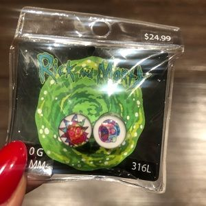 🍅 Rick and Morty ear gauge tunnels new